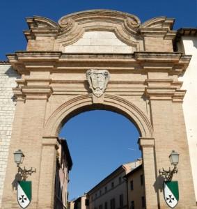 Accesso al borgo fortificato
