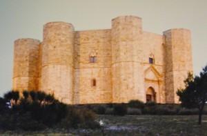Castel del Monte : Una Morgana nella sera