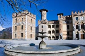 Il castello Cecconi e la fontana ghiacciata