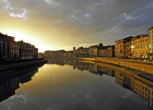 Pisa - Dedicata a tutti quelli che ...esprimono se stessi attraverso una fotografia
