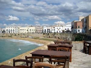 Un caffè davanti al mare?