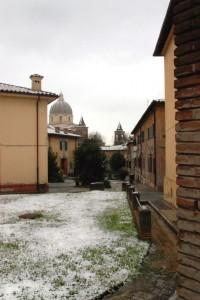 Finalmente la neve nel cortile!