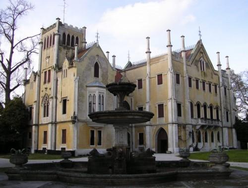San Polo di Piave - Il castello e la fontana