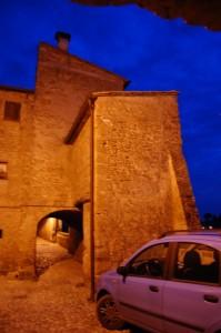 Le case come fortificazioni, e sotto di esse le vie di comunicazione!