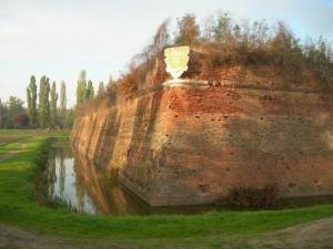 Un tratto delle mura di Sabbioneta