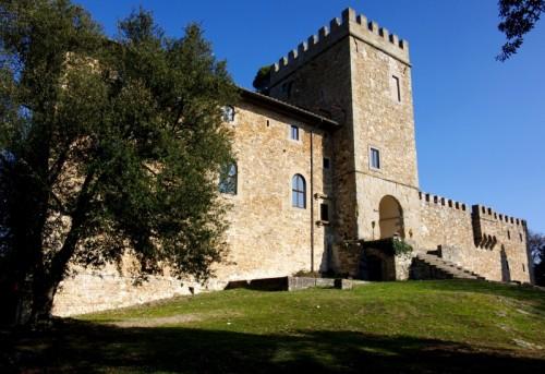 """Fiesole - Un castello sulle colline di Fiesole """"Castel di Poggio"""""""