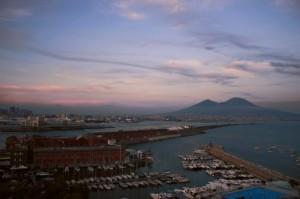 Napoli in tramonto