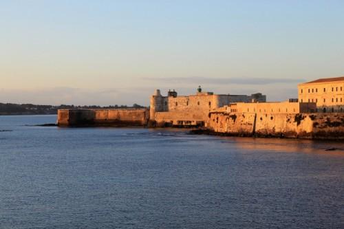 Siracusa - L'alba sul castello