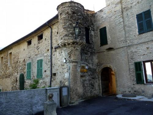 Pornassio - castello strategico...