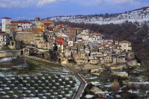Cumoli di neve a Gorga