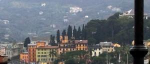 Povera Villa Durazzo! Seminascosta dal lampione!!!