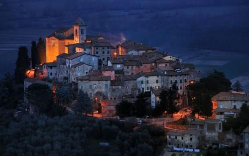 Capannori - Castelvecchio di Compito, anche qui nascono le favole...