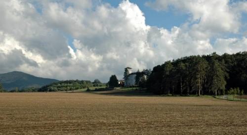 Gavi - Tra  boschi e colline: La Centuriona