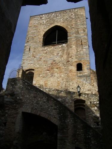Padenghe sul Garda - torre dall'interno
