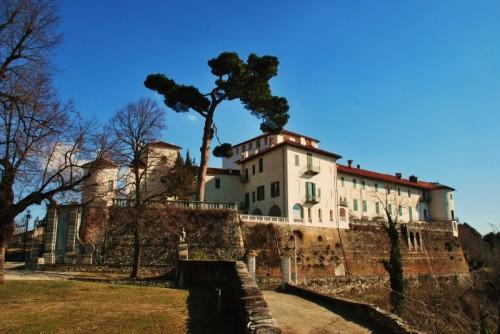 Caravino - Castello di Masino