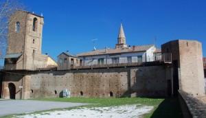 Un castello tra il paese