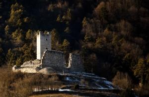 Le rovine di Castel restor