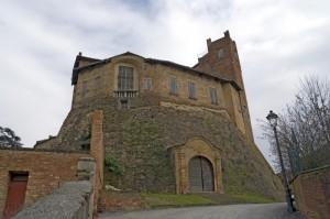 Il castello di Montemagno.