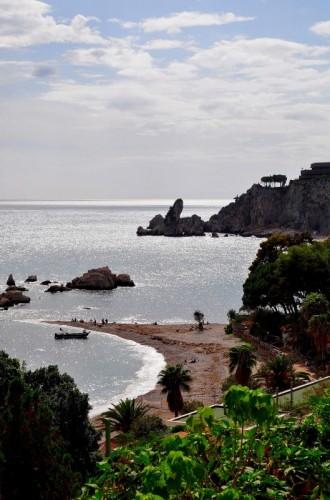 """Taormina - """"Là dove il mare luccica e spira forte il vento""""..."""