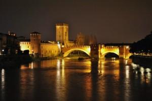 Notturno su Castelvecchio