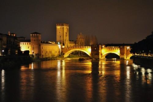 Verona - Notturno su Castelvecchio