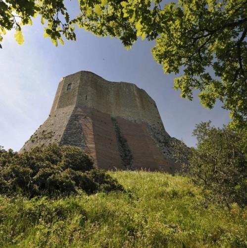 Castiglione d'Orcia - Imponenza della Rocca a Tentennano