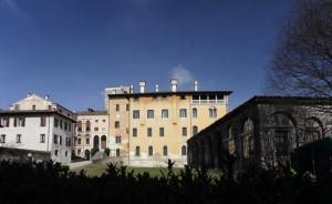 facciata interna del castello