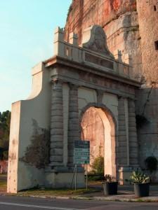La porta d'accesso verso est