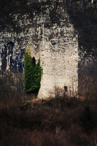 Valdastico - La meglio conservata la Torre Alta