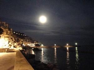 """Notte da innamorati…""""mannari""""…"""