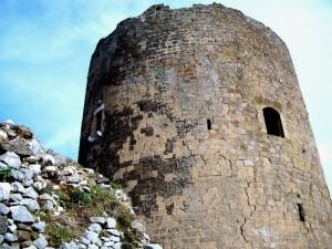 La torre del Castello di Casertavecchia