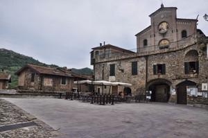 nel cuore dell'antico borgo