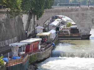 La vita sotto i ponti di Roma