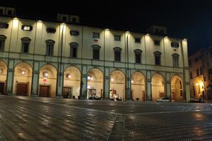 Piazza Vasari ed i suoi portici