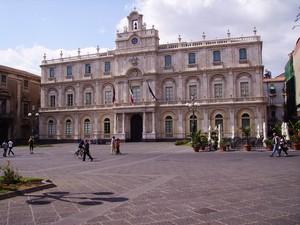 piazza università