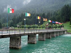 ponte sul lago di S. Caterina