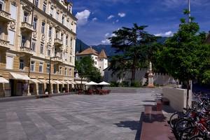 piazza della Rena 2