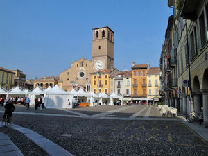 Lodi piazza della Vittoria