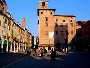 le piazze di Mantova