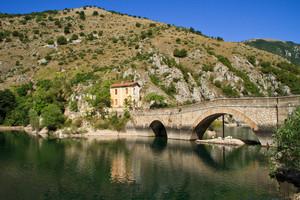 Quel Ponte sul Lago