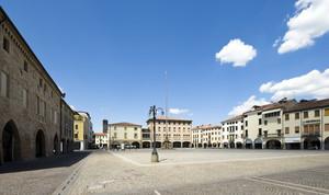 Piazza Maggiore.