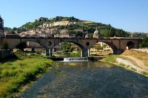 Cosenza: il ponte di Alarico sul fiume Crati