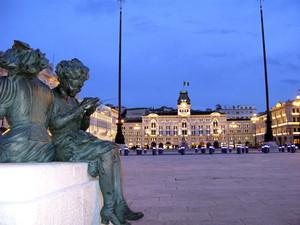 Piazza Dell' Unità D ' Italia