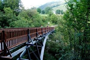 Erbonne: ponte che collega l'Italia alla Svizzera