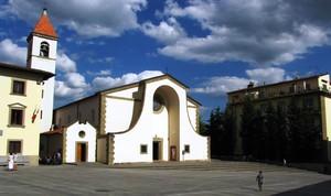 """La piazza con la """"ChiesaBianca"""""""