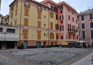 Piazza Sant' Ambrogio
