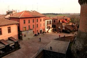 Piazzale Rocca al tramonto