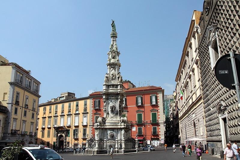 ... del Gesù e veduta dell'Obelisco della Madonna di AntonioFlorino