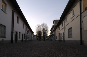 Piazza Arese
