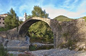 """""""Un antico ponte nel cuore dell'Ubagu"""""""